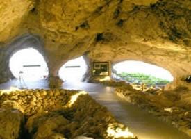 Cueva de las Ventanas en Píñar