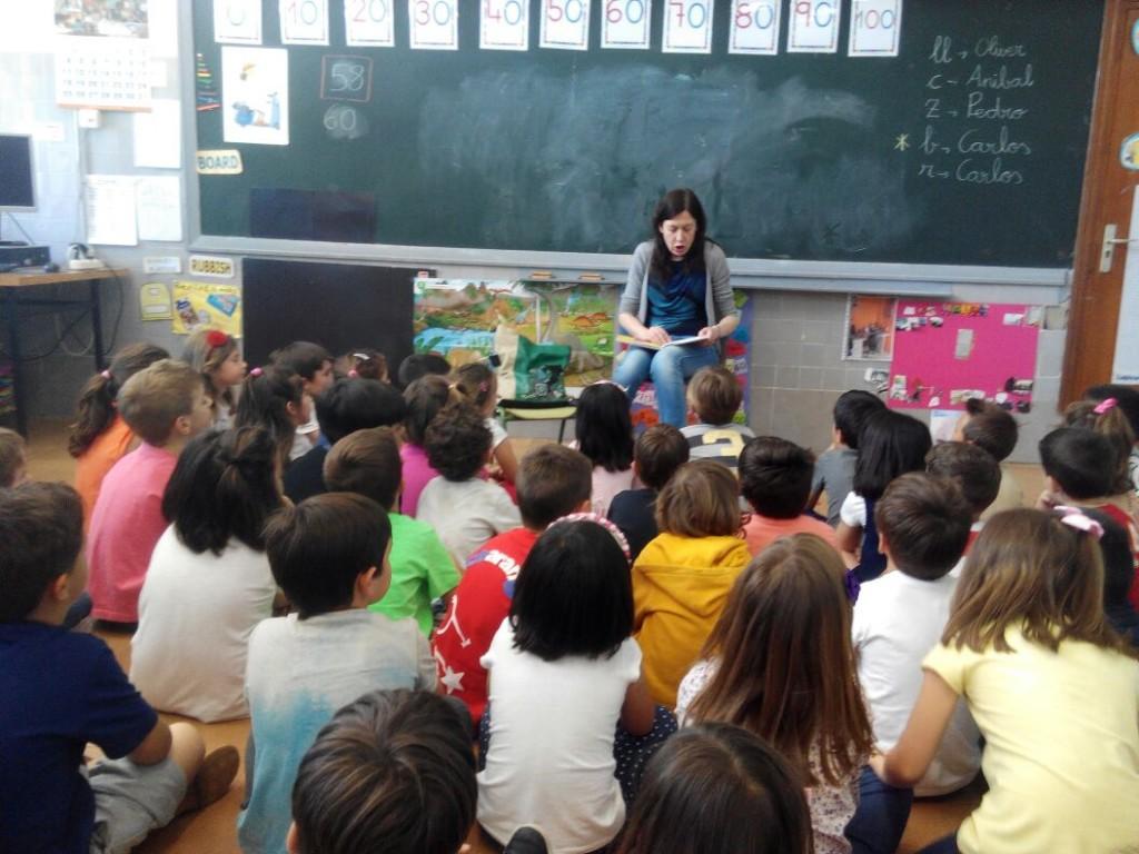 Carmen Trujillo en clase