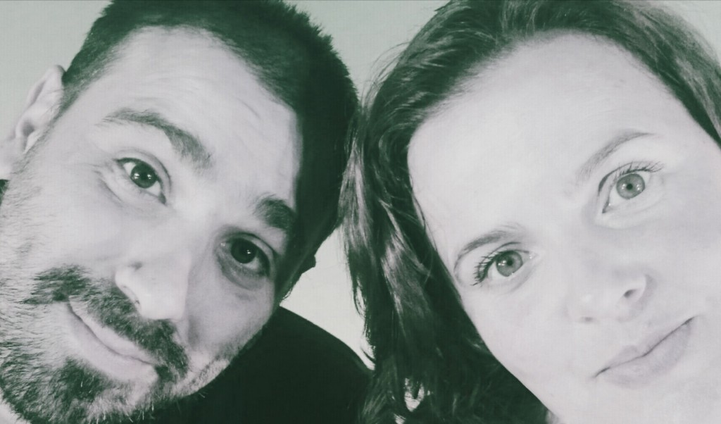 Iker Peréz y Elisa Vargas. ( Cia. Arena en los Bolsillos)