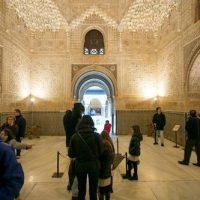 """Vuelven las visitas guiadas y talleres de """"La Alhambra en familia"""""""