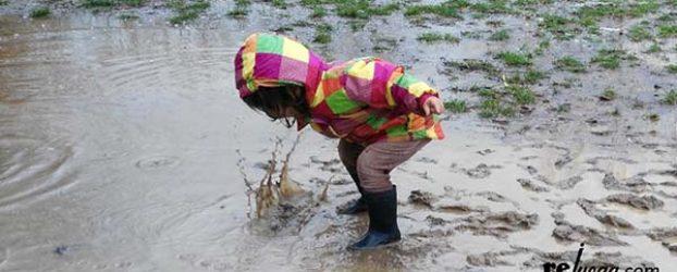 24 maneras de jugar con el agua de la lluvia (gracias a rejuega.com)